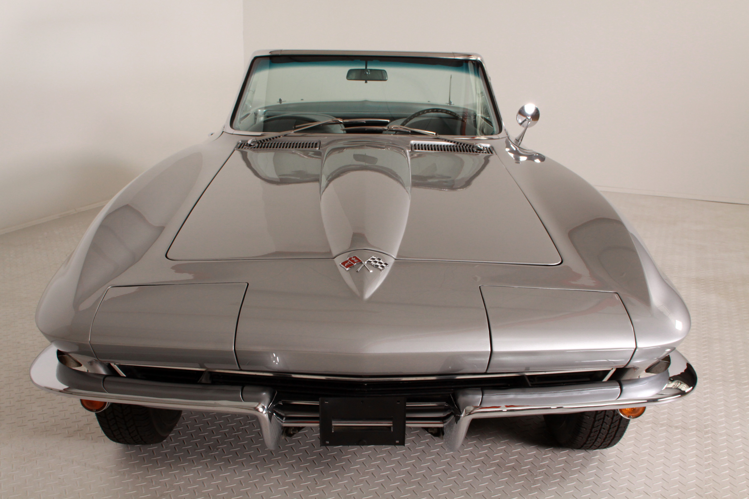 Chevrolet - Corvete C2 Sting Ray Convertible -Silver Pearl -350Hp
